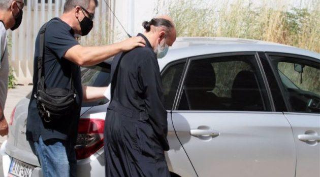 Kληρικός στο Αγρίνιο για τον Ιερέα που κατηγορείται: «Άντρας ήτανε, τι θέλατε να κάνει;»