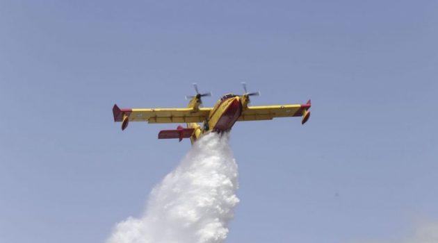 Σε εξέλιξη οι πυρκαγιές σε Βαρνάβα και Ελευσίνα – Προβληματίζουν οι ισχυροί άνεμοι