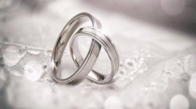 Πασίγνωστος τραγουδιστής παντρεύεται στο Κορωπί