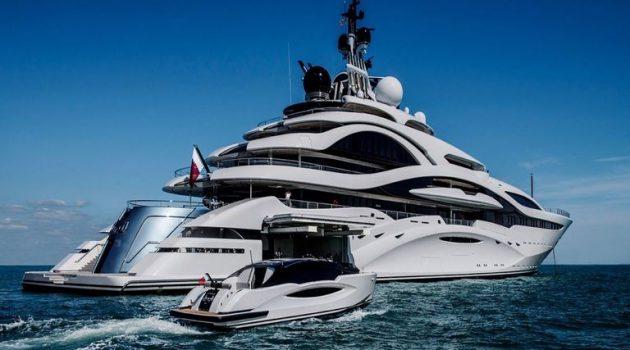 Στην Πρέβεζα και εντυπωσιάζει το Super Yacht «Al Lusail» του Εμίρη του Κατάρ