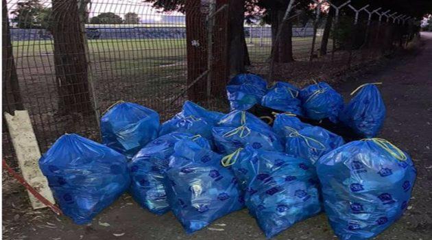 Δ.Α.Κ. Αγρινίου: 11 υπερήρωες, 2 ώρες, 20 σακούλες, 2.000 lit σκουπιδιών (Photos)