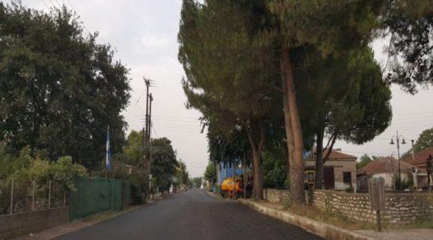 Καλύβια Αγρινίου: Ασφαλτοστρώθηκε η κεντρική οδός στον οικισμό Αγίου Γεωργίου (Photos)
