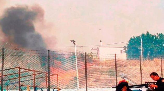 Φωτιές στην Πάτρα: Καίγονται σπίτια -Τραυματίας πυροσβέστης (Photos – Videos)