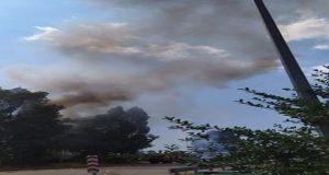 Μικρής έκτασης πυρκαγιά εκδηλώθηκε στα φανάρια της Αγριλιάς (Photos)