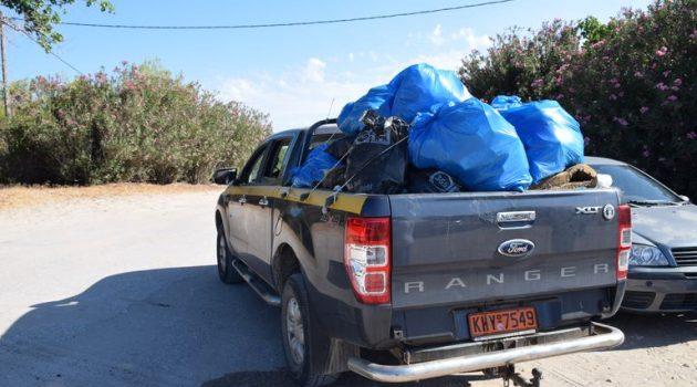 Χιλιάδες λίτρα σκουπιδιών συγκέντρωσαν εθελοντές στην Παραλία του Λούρου (Photos)