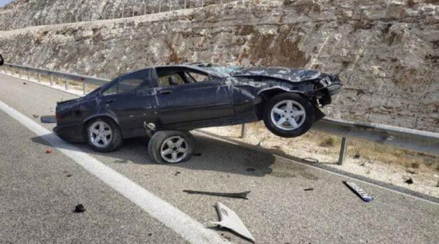 Τροχαίο ατύχημα στην Ιόνια Οδό στο ύψος της Αμφιλοχίας – Τραυματισμός δύο επιβαινόντων