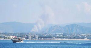 Μεγάλη φωτιά στην Άνω Αλμυρή Κορινθίας – Εκκενώθηκε οικισμός (Video…