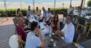 Ο Γιάνης Βαρουφάκης συναντήθηκε με την Επιτροπή Αγώνα Ξηρομέρου
