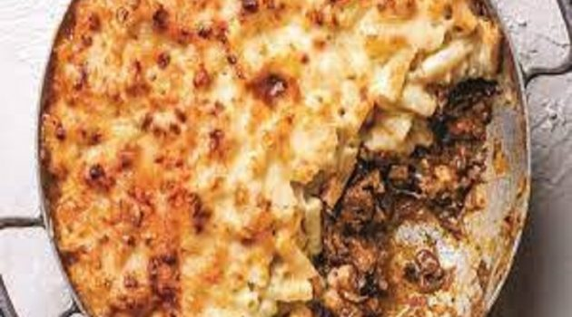 """Mac """"n"""" cheese με κιμά στον φούρνο"""