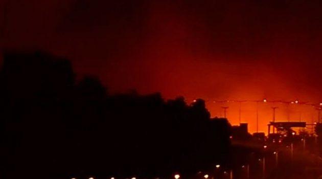 Πέρασε την Εθνική Οδό η φωτιά προς την μεριά του Αγίου Στεφάνου