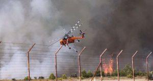Φωτιά στη Βαρυμπόμπη: Κίνδυνος να μείνει χωρίς ρεύμα η Ανατολική…