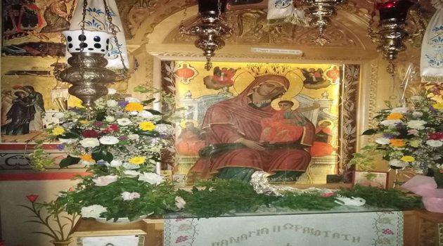 Ιερά Μονή Βλοχού: Μέγας Εσπερινός και Θεία Λειτουργία στην Παναγία Βλοχαΐτισσα