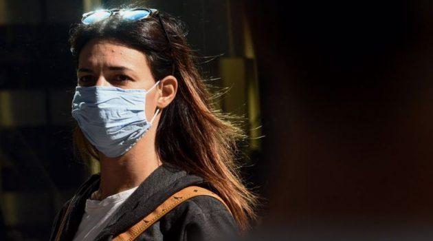 Βασιλακόπουλος: «Ξαναγίνεται υποχρεωτική η χρήση μάσκας»