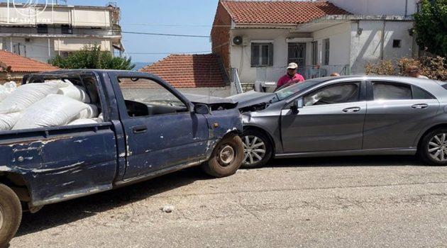 Σπάρτο Αμφιλοχίας: Ελαφρά τραυματίστηκε μία Γυναίκα μετά από τροχαίο (Photos)