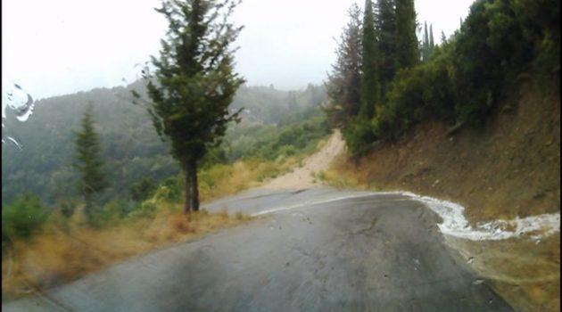 Καλοκαιρινό μπουρίνι «σάρωσε» την περιοχή της Αμφιλοχίας (Video)