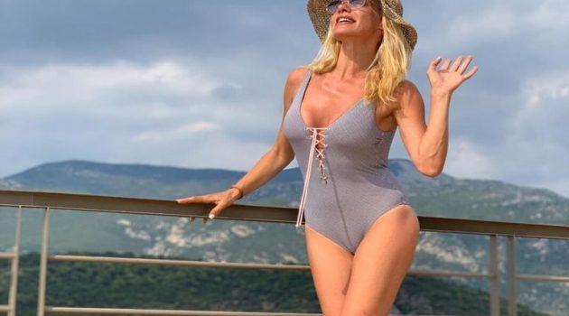 Έτσι απολαμβάνει τις διακοπές της η Ζέτα Μακρυπούλια (Video)