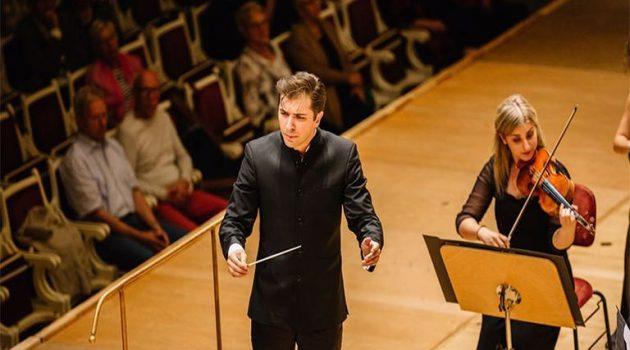 Θριάμβευσε η Ελληνική Συμφωνική Ορχήστρα Νέων στο Βερολίνο (Video)
