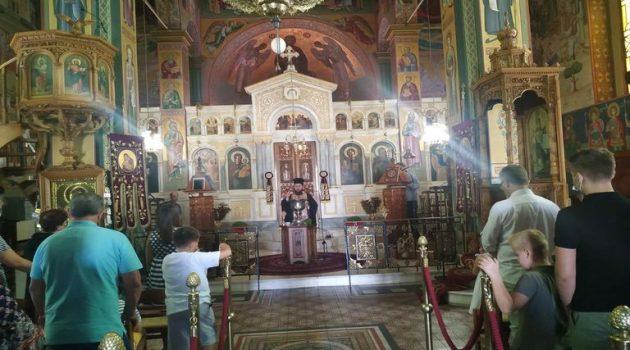 Ι.Ν. Αγίας Τριάδος Αγρινίου: Αγιασμός για την έναρξη των Κατηχητικών Σχολείων (Photos)