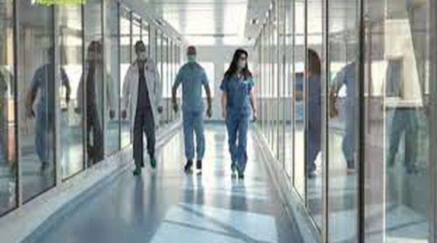 Σε αναστολή από σήμερα οι ανεμβολίαστοι επαγγελματίες υγείας