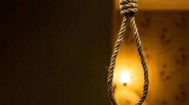 Τραγωδία στην Παλαιομάνινα Ξηρομέρου: Άνδρας βρέθηκε κρεμασμένος στο σπίτι του