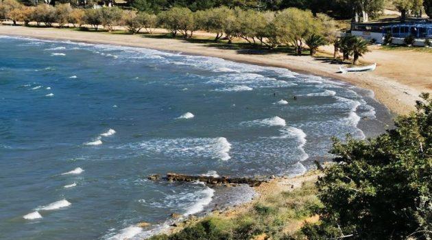 Θρίλερ στο Παλαιό Φάληρο: Εντοπίστηκε πτώμα γυναίκας στη θάλασσα
