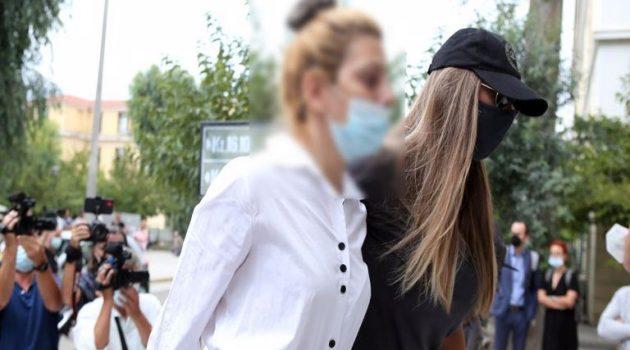 «Δεν τρώω, δεν υπάρχω»: Η Έλενα Πολυχρονοπούλου μέσα από τη φυλακή