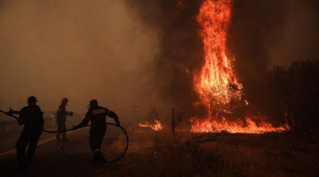 Μεγάλη φωτιά στη Μεγαλόπολη: Εισήγηση για εκκένωση οικισμού και μήνυμα του 112