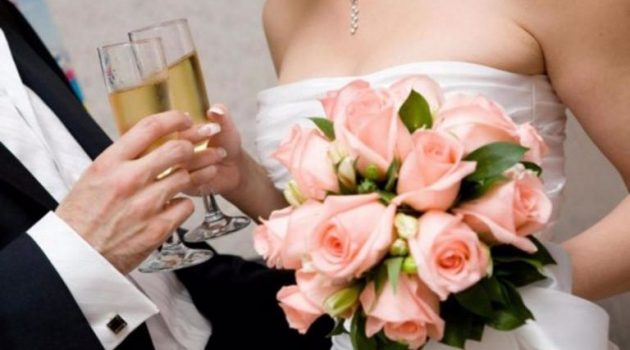 Πάτρα: Πανικός σε γάμο – Ο αδερφός του γαμπρού είχε κορωνοϊό