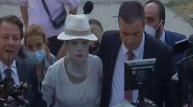 Αρχίζει η δίκη για την επίθεση με βιτριόλι – Δε θα παραστεί η 36χρονη Έφη που κατηγορείται