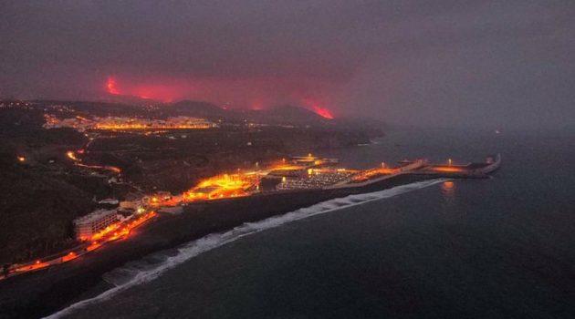 Ισπανία: Έφτασε στον ωκεανό η λάβα από το ηφαίστειο στη Λα Πάλμα (Videos)