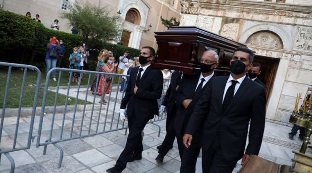Μίκης Θεοδωράκης: Έτσι θα τον υποδεχτούν και θα τον αποχαιρετίσουν τα Χανιά