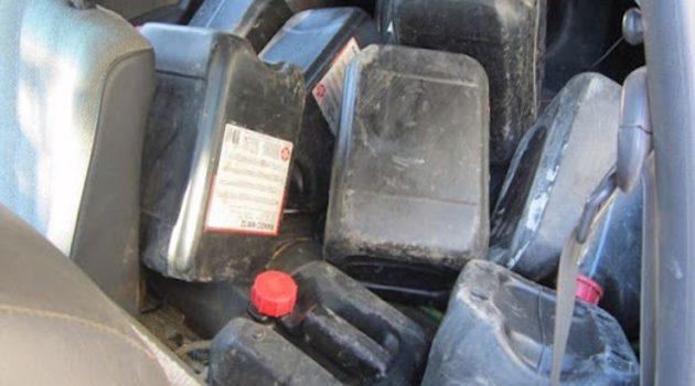 Αγρίνιο: Μία γυναίκα και ένας ανήλικος συνελήφθησαν για δύο μπιτόνια με πετρέλαιο
