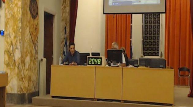 Αγρίνιο – Δ.Σ.: Πώς θα τιμηθεί ο Μ. Θεοδωράκης – Αντιπαράθεση για το Πανεπιστήμιο