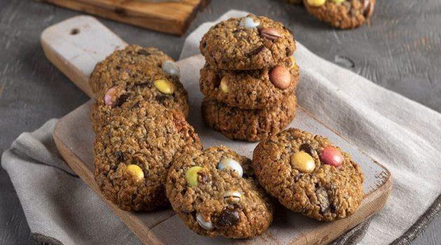 Παιδικά μπισκότα με βρώμη και σοκολάτα