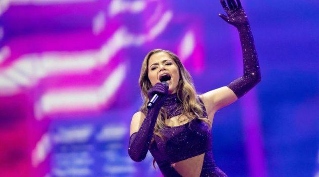Στεφανία Λυμπερακάκη: «Θα ήθελα πολύ να κάνω εκπομπή στην ελληνική τηλεόραση»