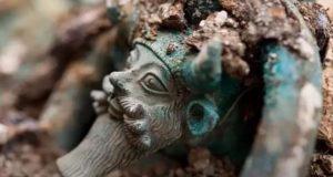 Τάφος με Ελληνικά αντικείμενα ανακαλύφθηκε στη Γαλλία με την μορφή…