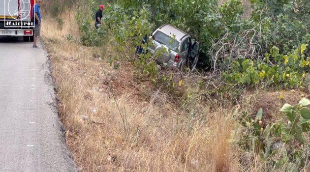 Αμφιλοχία: Αυτοκίνητο Ι.Χ.Ε. εξετράπη της πορείας του (Video)