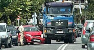 Ιωάννινα: Φορτηγό συγκρούστηκε με Ι.Χ. αυτοκίνητο