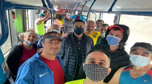 Μαζί με τους αθλητές για την εκκίνηση του Ημιμαραθωνίου ο Γ. Παπαναστασίου