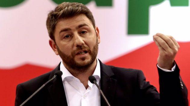 Ανδρουλάκης για εκλογές ΚΙΝ.ΑΛ.: «Η παράταξη να μην πυροβολήσει τα πόδια της»