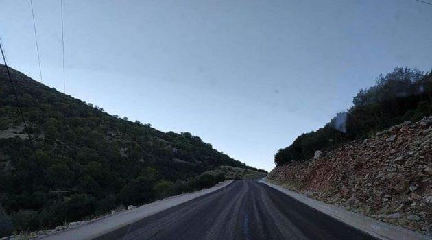 Ο δρόμος Διασελάκι – Πέρκος του Δήμου Θέρμου βρίσκεται σε εξέλιξη ασφαλτόστρωσης (Photos)