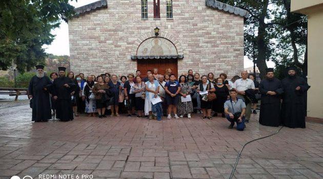Ι.Ν. Αγίας Τριάδος Αγρινίου: Ιερά αποδημία στα ιερά προσκυνήματα της Εύβοιας