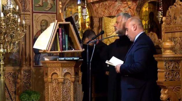 Ο Δήμαρχος Ναυπακτίας έψαλε το «Άξιον Εστί» προς τιμήν του Μητροπολίτη (Video)