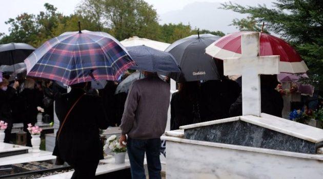 Νίκος Τσουμάνης: «Ράγισαν καρδιές» στην κηδεία του 31χρονου ποδοσφαιριστή