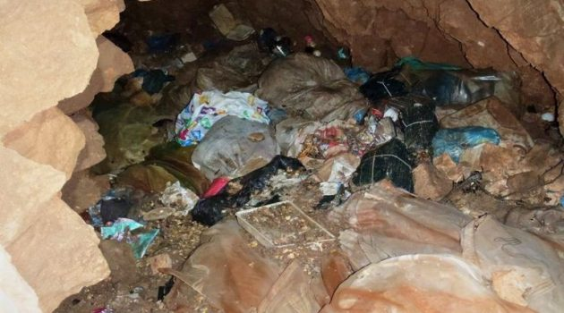 Μπακολίτσας: «Καθαρισμός του βάραθρου στο Κρύο Νερό – Τόνοι σκουπιδιών» (Photos)