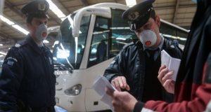 «Μπάχαλο» στα Κ.Τ.Ε.Λ. με ανεμβολίαστους επιβάτες – Εκτός ελέγχου η…