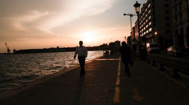 Σε «μίνι lockdown» από σήμερα Θεσσαλονίκη, Λάρισα, Χαλκιδική, Κιλκίς