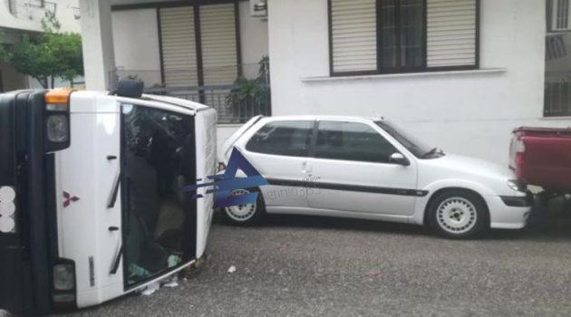 Αγρίνιο: Ανατροπή κλειστού οχήματος – Από Άγιο δεν είχαμε θύματα (Photos)