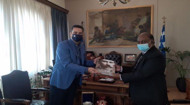 Συνάντηση του Ινδού Πρέσβη με τον Δήμαρχο Αγρινίου Γιώργο Παπαναστασίου (Photos)