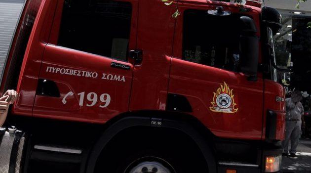 Ιωάννινα: Μεγάλη φωτιά σε διαμέρισμα – Απεγκλωβίστηκαν 8 άτομα